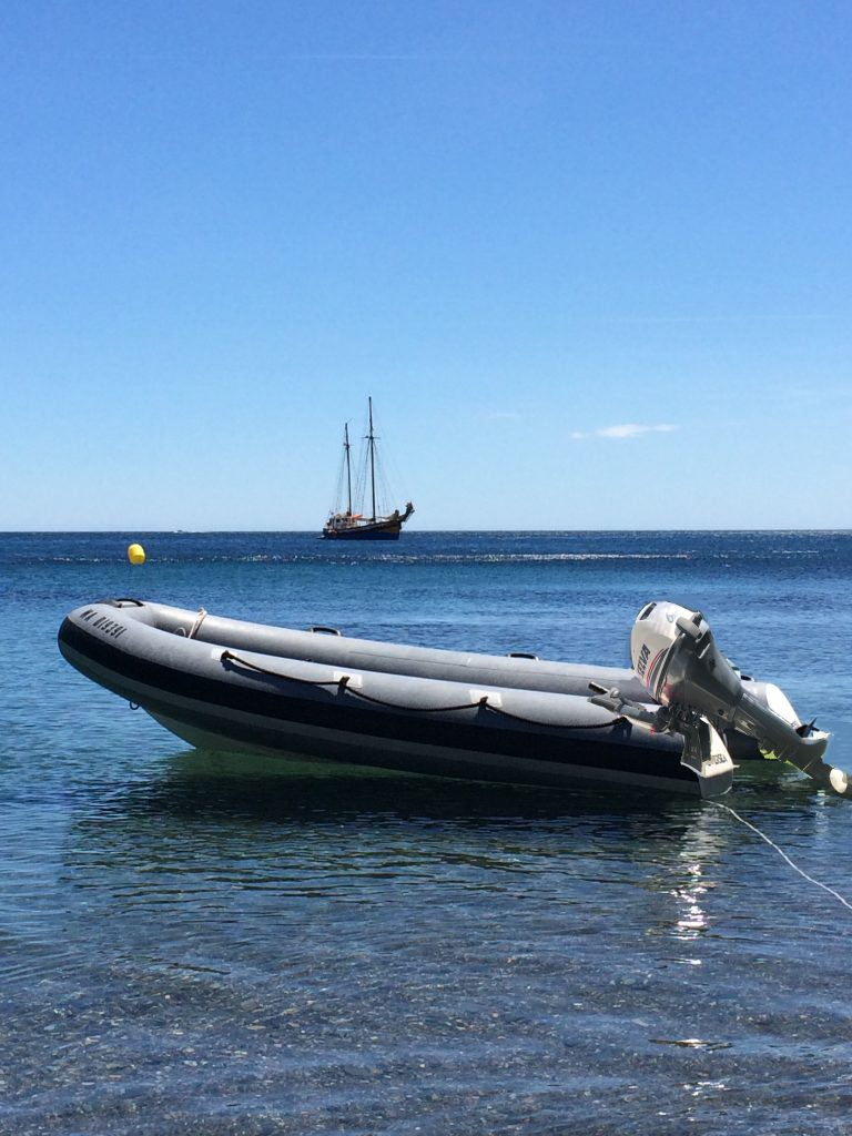 Rigid-hulled inflatable boat (Oversea -Oversea 400; Geronimo) at JJ Boat Rental Marseille